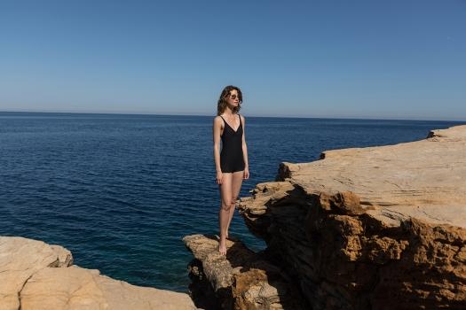'swimsuit short legs' 'maillot de bain jambes court' 'Badeanzug kurze Beinen'